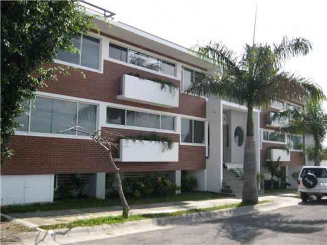Busco apartamento o casa moravia doplim 13390 for Busco casa para rentar